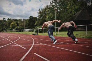 BORN TO RUN: ZWEIBEINER SPRINTEN (ja du auch!)!?