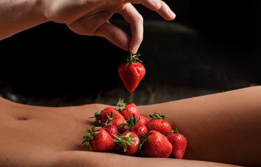 die verbotene Frucht Erdbeeren stehen für Sex