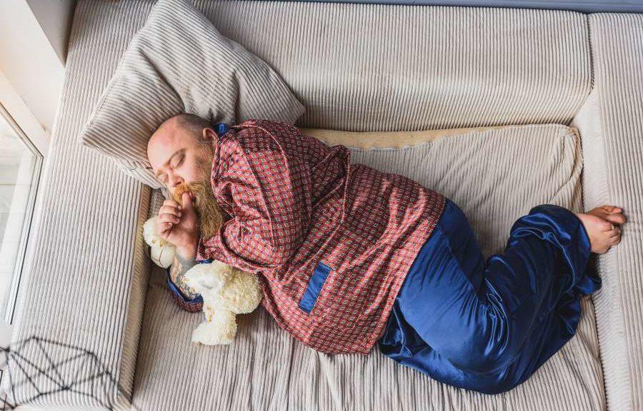 Schlafen ist wichtig für die Gesundheit und Schlafen ist wichtig für die Leistung