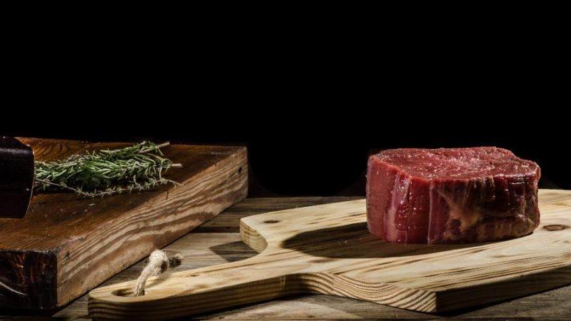 Chris Eikelmeier rotes Feisch Steak Neu5GC PNI